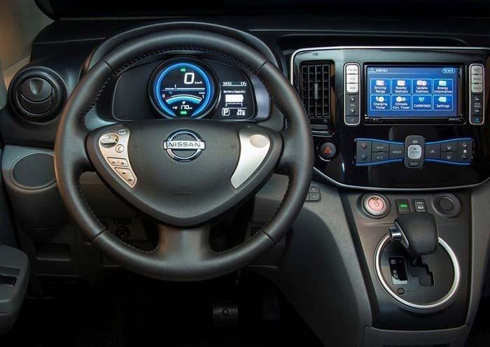 купити електромобіль Nissan e-NV200