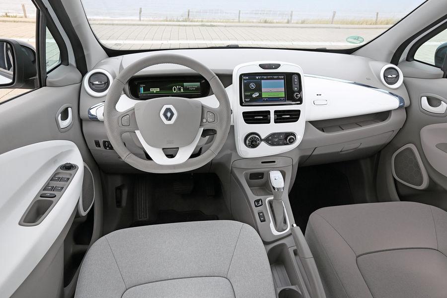 електромобіль Renault Zoe салон всередині