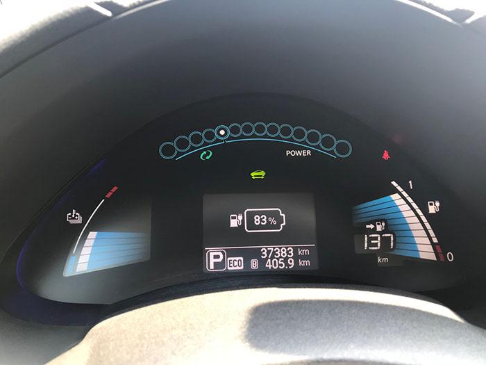 спідометр електромобіля Nissan Leaf SL 360 Bose 2015
