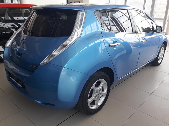 купити б/у електромобіль б/у електромобіль Nissan Leaf Acenta
