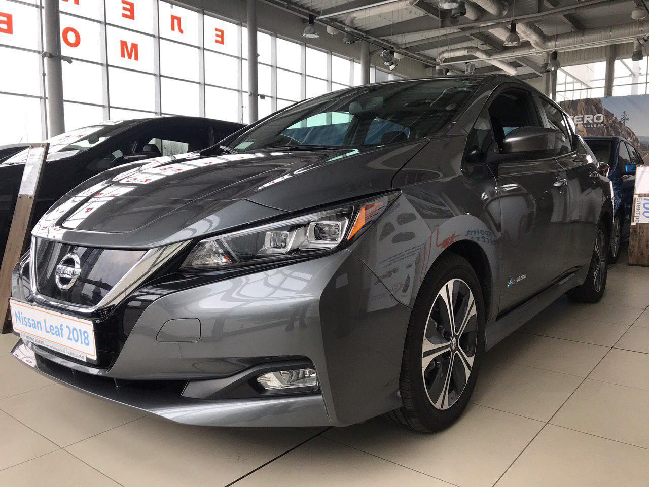 Електромобіль Nissan Leaf SV 2018